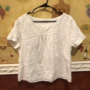 Vineyard Vines white linen top